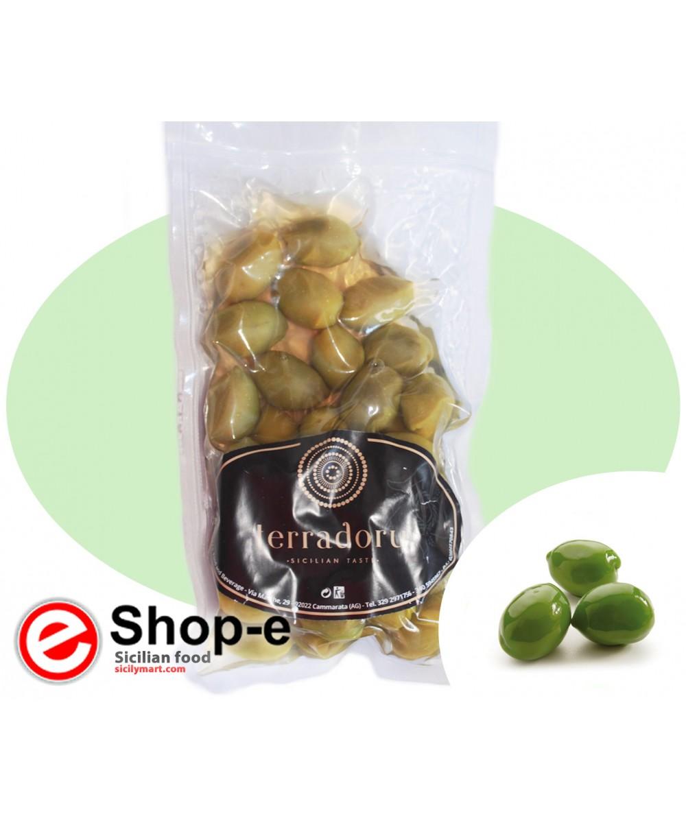 Ganze sizilianische gr�ne Oliven von 500 g