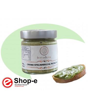Pistachio spreadable cream