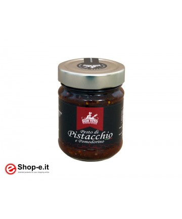 Pistachio and tomato pesto