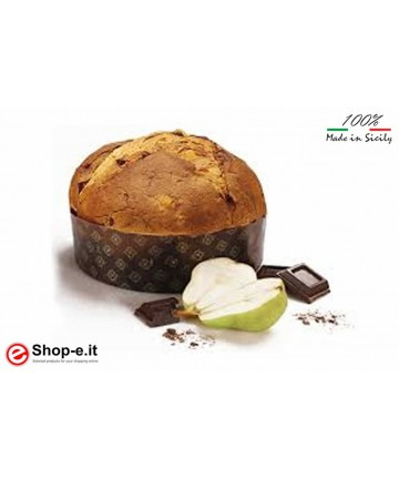 Pear and chocolate panettone