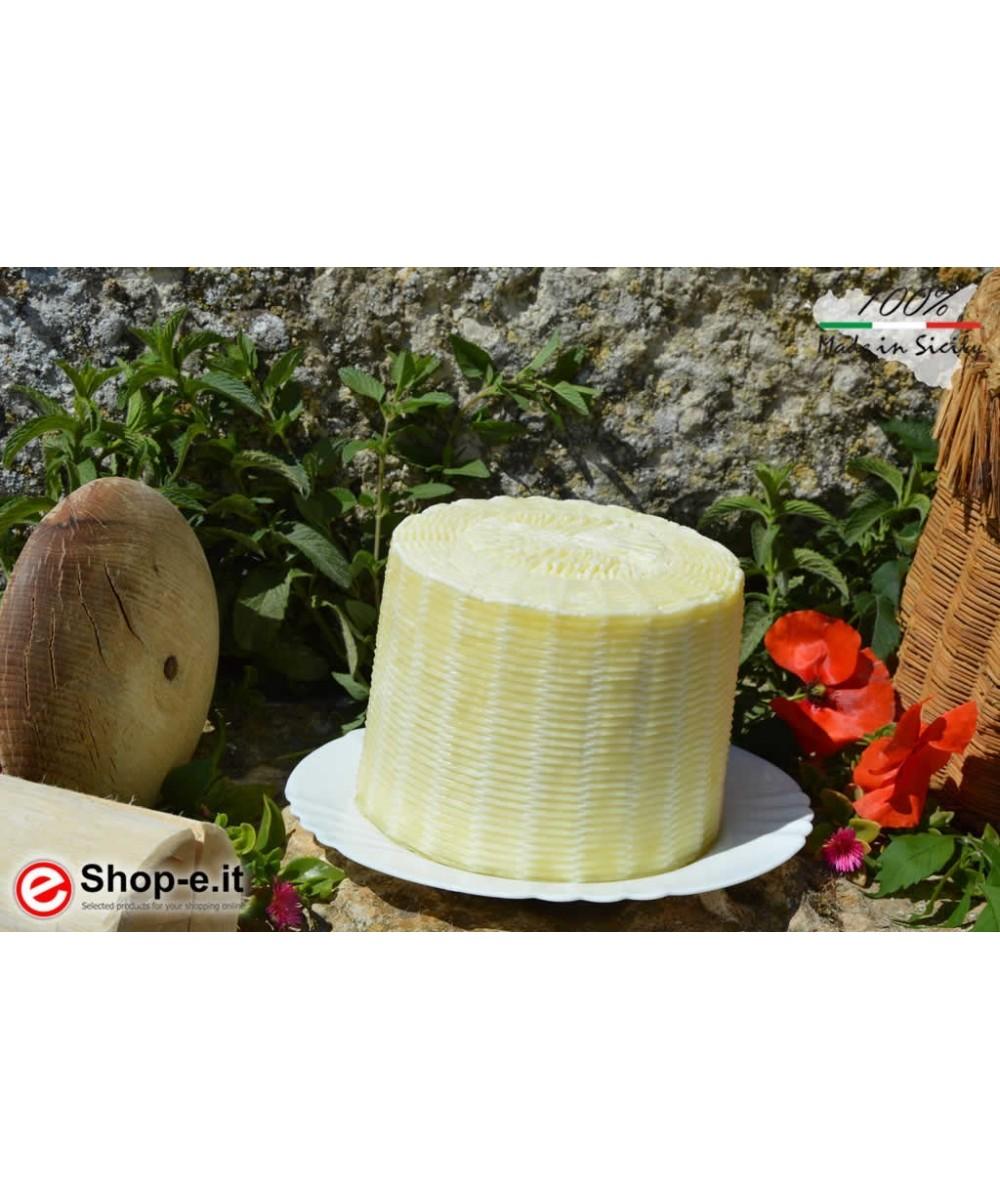 Raw cheese salt in 1 kg raw milk